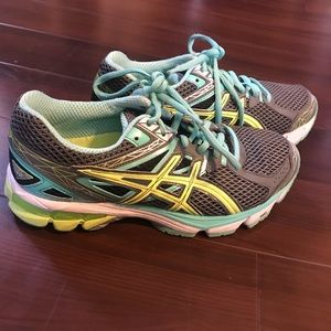 Asics 3 GT-1000 Womens Running Shoes T4K8N Size 7